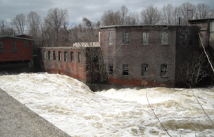Nashua River at the Pepperell dam during 2010 flood - Photo by Pam Gilfillan